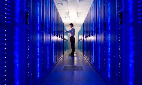 IT-technician-checking-ne-007